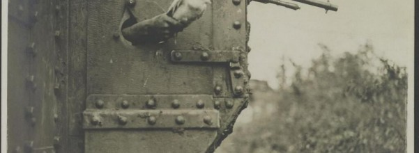 A-carrier-pigeon-sent-from-a-British-tank-in-France-1918