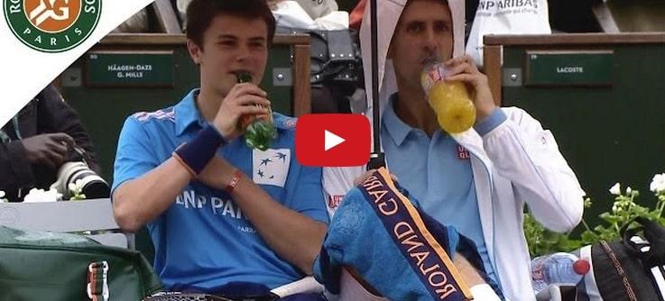Por cosas como esta Djokovic es uno de los mejores tenistas dentro y fuera de la pista (vídeo)