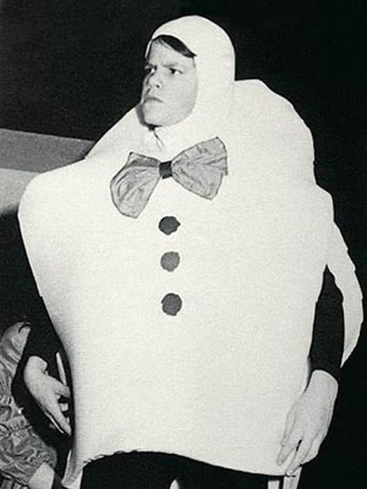 Matt Damon vestido como Humpty Dumpty