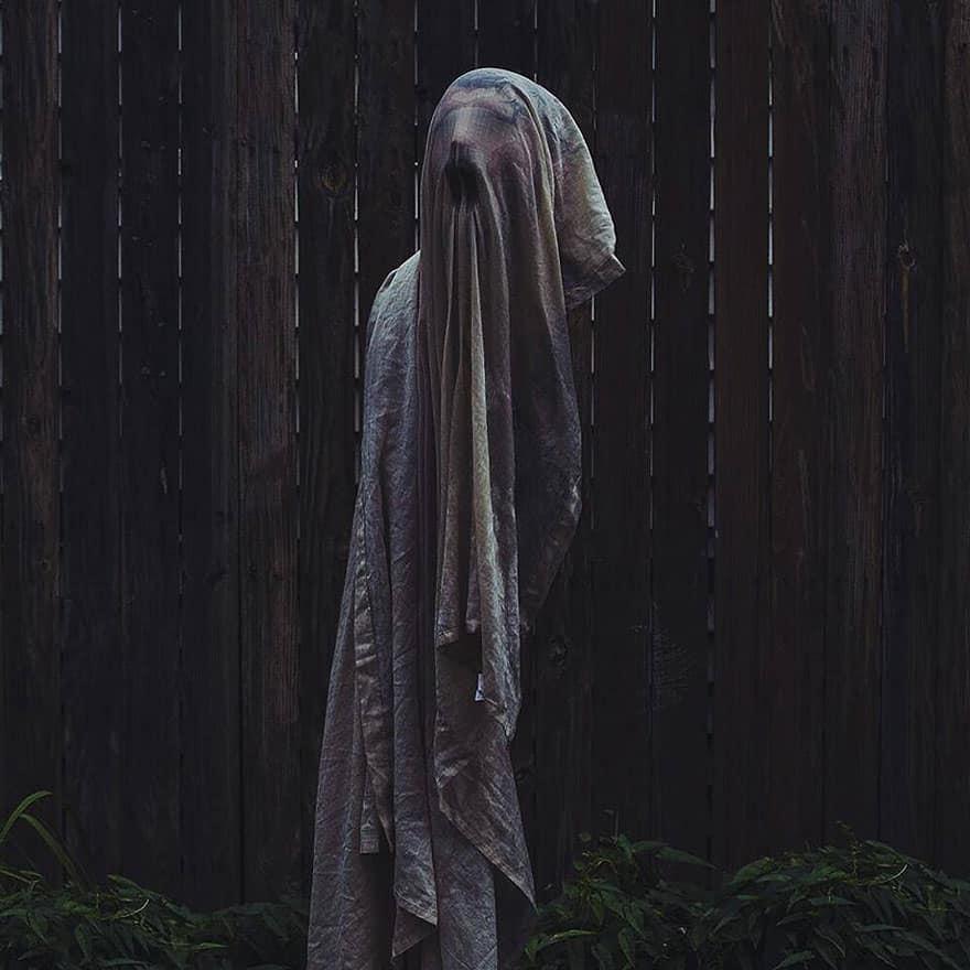 creepy-photography-ghostly-portraits-christopher-ryan-mckenney-13