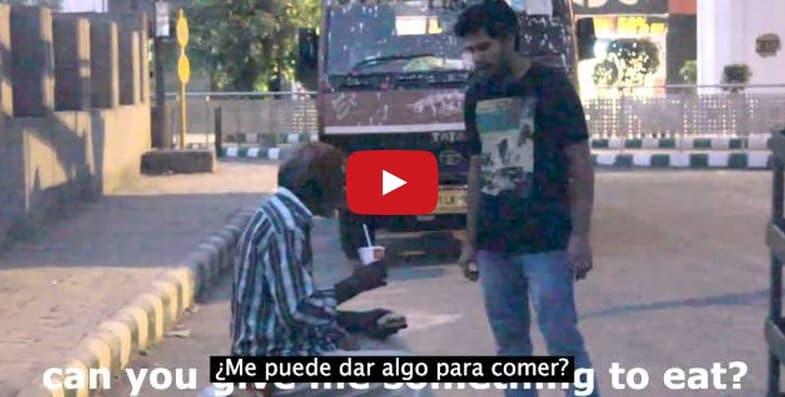 En 1 minuto 28 segundos, un hombre pobre prueba que no necesitas dinero para cambiar el mundo