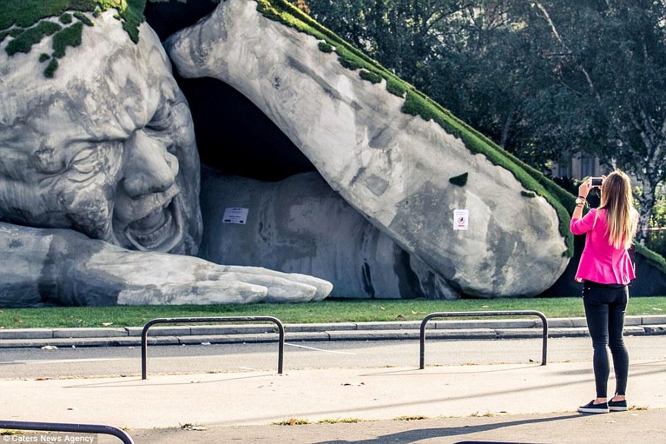 escultura budapest