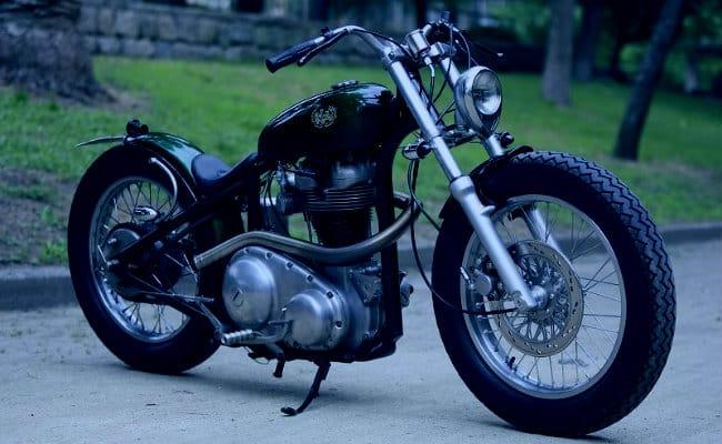 ¿Por qué no fijarse solamente en el precio del seguro si tu moto es clásica?